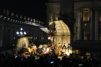 De Luca: orgogliosi presepe campano in piazza San Pietro