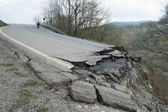 Ganapini (Aea): Urgente una politica del suolo