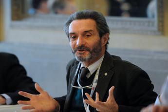 Autonomia, Fontana: Questa è settimana decisiva
