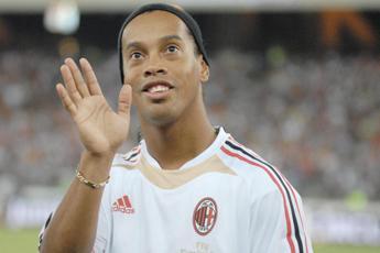 Ronaldinho smentisce doppio matrimonio