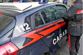Violenta 4 studentesse: bidello in manette