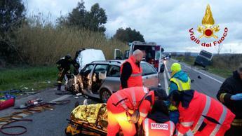 Scontro tra auto e bus Cotral su Aurelia: un ferito grave