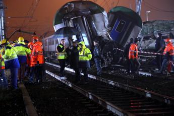 Treno deragliato, spuntano altri indagati