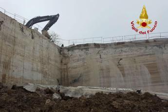 Precipita in una cava: morto operaio