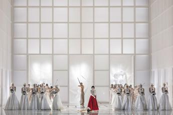 Turandot, the show must go on