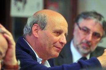 Morto Michele Gesualdi, primo presidente della Provincia di Firenze eletto dai cittadini