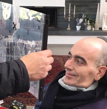 Il dono di Francesco, 'poeta' malato di Sla