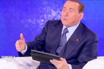 Berlusconi contro M5S: Più pericoloso dei post comunisti