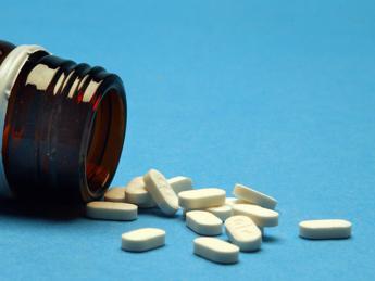 Accesso farmaci innovativi: per italiani non è priorità