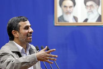 Iran, arrestato ex presidente Ahmadinejad