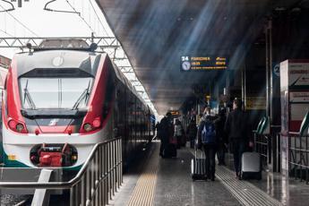 Treni, distanziamento: ecco le novità