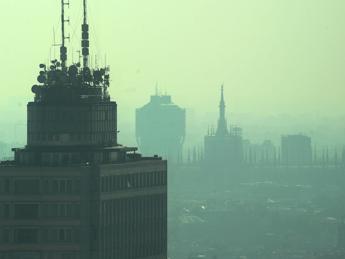 Smog, 422mila morti premature nel 2015