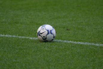 Calcio, Andreoni: Per evitare lo stop tamponi rapidi prima di partire
