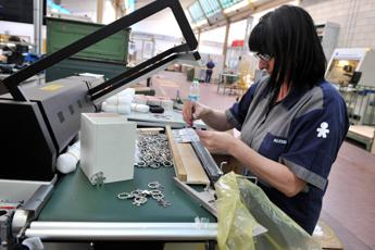 Minister hails 'record' Italian industrial turnover