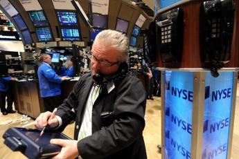 Wall Street in caduta libera