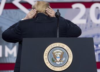 Trump e la calvizie: Difficile nasconderla