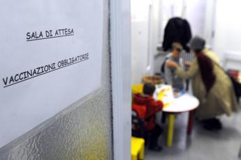 Vaccino anti-influenza, esperti bocciano circolare ministero