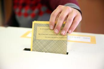 Europee: oltre 66 mln di schede elettorali, potremo riciclarle nel 2024