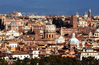 Roma, tassa di soggiorno anche su affitti brevi