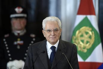L'appello di Mattarella: No egoismi