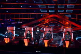 The Voice, eliminato insulta e spacca la chitarra