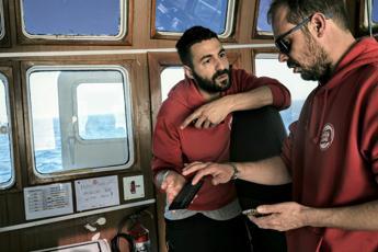 Fateci sbarcare, l'appello disperato dalla nave Ong