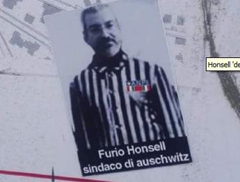 Adesivi antisemiti contro ex sindaco di Udine