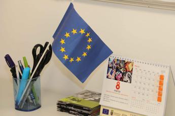 Deficit, Ue sorveglia Italia