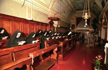 Alle urne anche 7.500 suore di clausura: Andremo convinte