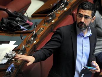 M5S, Fraccaro 'ministro' per Rapporti con Parlamento