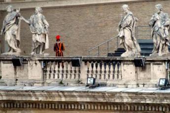 Vaticano, mons. Perlasca su investimento londinese: Hanno già detto troppo in tanti