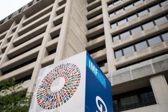 Economia: Fmi migliora previsioni crescita Europa centro-Est