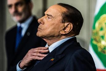 Silvio alle strette
