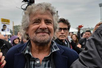 Beppe Grillo: Riconvertire Ilva con fondi Ue