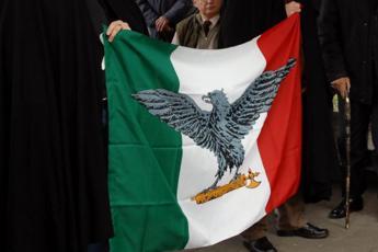 Genova, consigliere omaggia i repubblichini