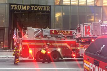 New York, incendio alla Trump Tower: un morto