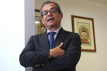 Giovanni Tria, chi è il nuovo Ministro dell'Economia giallo-verde