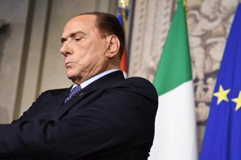 Berlusconi sonda Conte