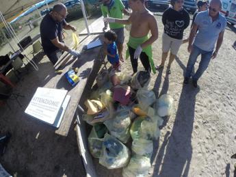 Sport per il mare, in Sardegna la Rifiu-Thlon