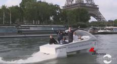 Parigi, taxi volanti sulla Senna