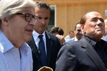 Sgarbi: Silvio non mollare, se cedi ti arrestano
