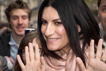 Laura Pausini: Pioniera al Circo Massimo, ma che paura!