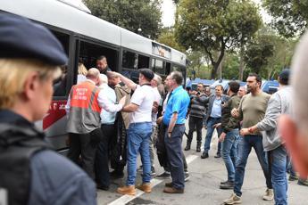 Roma-Liverpool, bus tifosi verso l'Olimpico