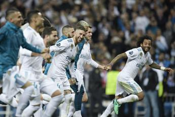 Real-Bayern 2-2, blancos in finale