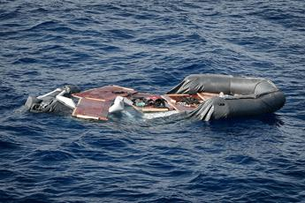 At least 12 dead in shipwreck off Libya says UN