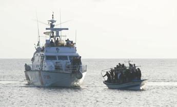 Salvini: Doneremo alla Libia 12 motovedette
