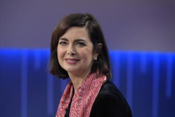Boldrini: Che uomo è chi dice 'pacchia finita'?