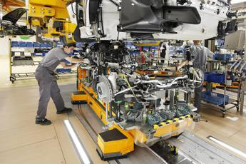 Germania, calo industria: -7% su anno