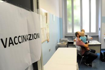 Vaccini, proroga più vicina per scadenza 10 luglio