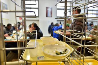 2,7 milioni di italiani senza cibo
